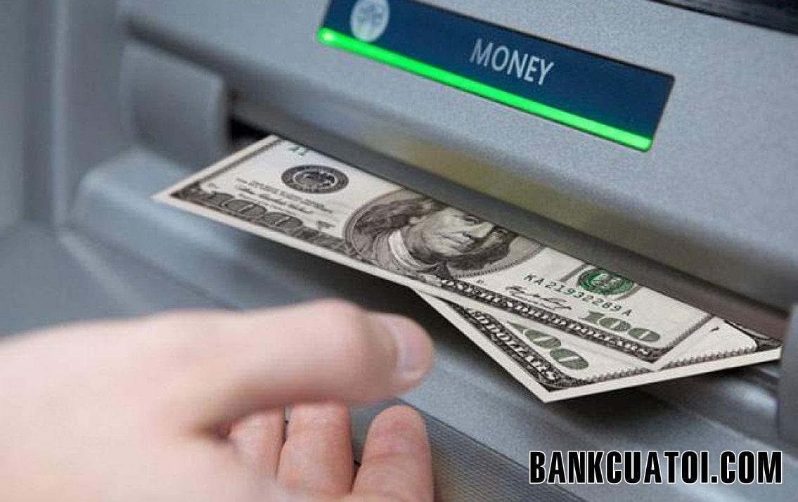 Thẻ ATM Vietcombank được rút tối đa bao nhiêu tiền